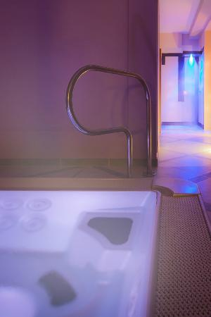 Hotel arnolfo aqua laetitia spa beauty updated 2017 for 1201 salon dc reviews