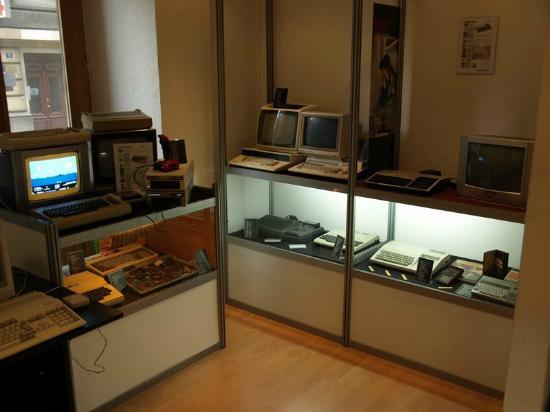 Peek & Poke Computer Museum
