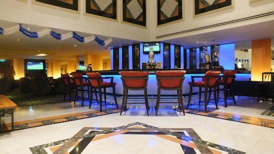 Rembrandt Hotel Bangkok: lobby bar