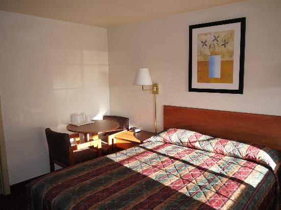 Americas Best Value Inn - Grand Canyon Gateway: Hotellrum