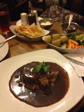 Bryn Howel Hotel: lamb
