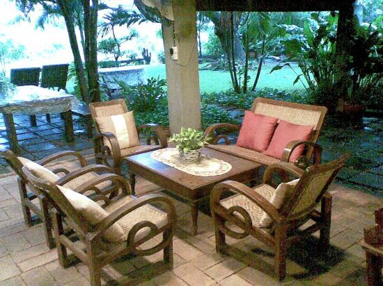 Baan Tye Wang Hotel: Hotel reception area