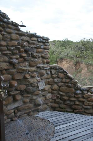 Kwandwe Great Fish River Lodge: The outdoor shower (there is an indoor one as well), Room 9