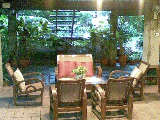 Baan Tye Wang Hotel: the reception area