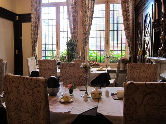 hotel asiris: Beautiful dinning area ~