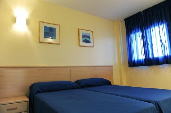 Apartamentos Turisticos Marsol: Dos camas individuales
