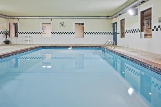 Country Inn & Suites By Carlson, Hot Springs : CountryInn&Suites HotSprings Pool