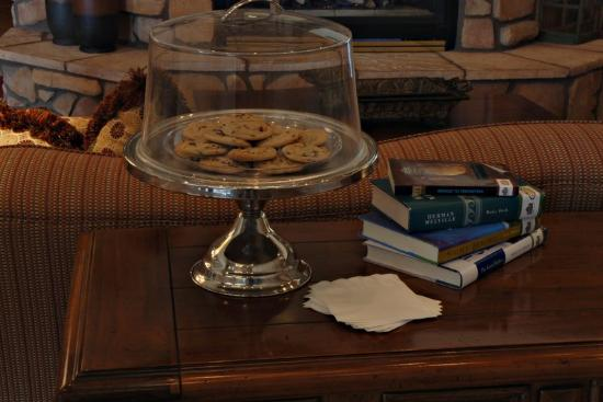 Country Inn & Suites By Carlson, Deer Valley: Cookies