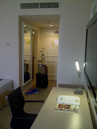 โรงแรมเดอะรอแยล บินตัง: Room