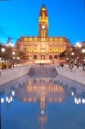 Oporto, Portugal: Porto City Hall