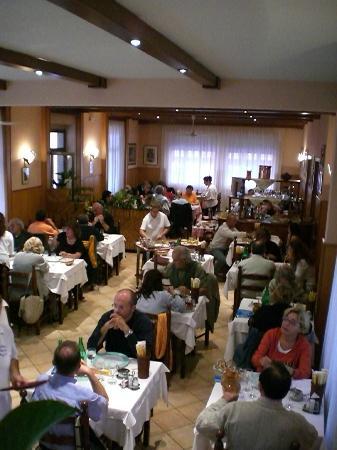 Borgo d'Ale, Italy: Sala
