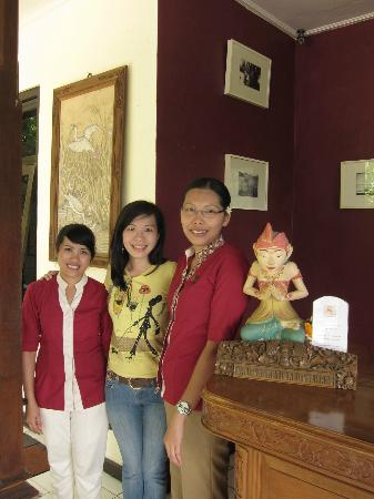 Puri Bunga Resort and Spa: With the hospitable staff of Puri Bunga