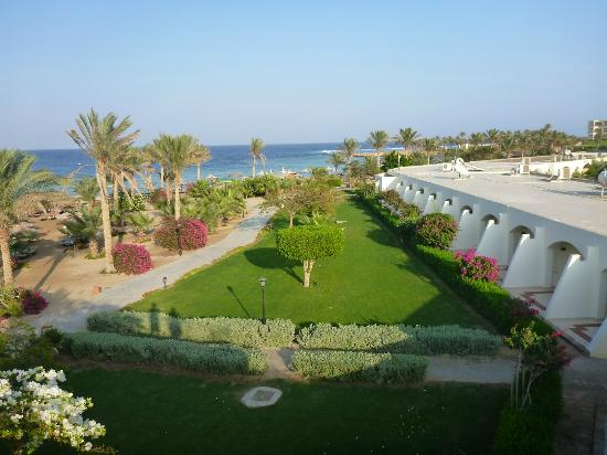 Royal Brayka Beach Resort: front beach rooms from outside