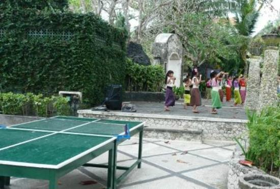 Bali Tropic Resort & Spa: Family entertainment