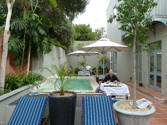 breakfast by the pool picture of an african villa cape town rh tripadvisor com