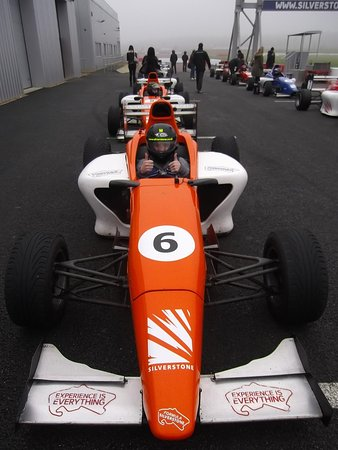 Silverstone Single Seater Experience : raring to go!