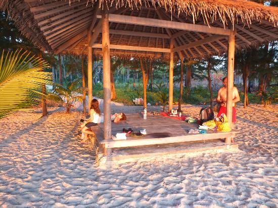 Menjangan Resort Karimunjawa: au bord de la plage