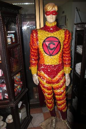 Hill Tribe Museum: condomn-man nel ristorante cabbages and condoms