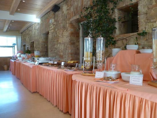 Le Tre Vaselle Resort & Spa: breakfast buffet--adequate