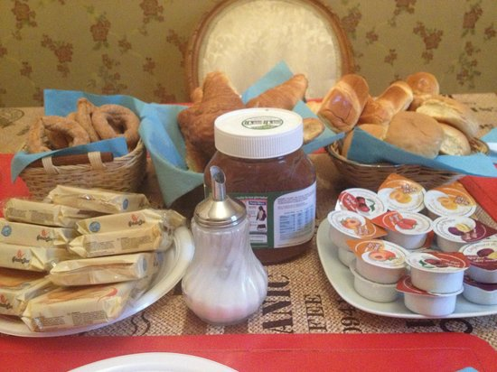 B&B Colosseo Suites: Breakfast