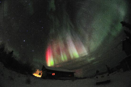 Aurora Borealis Lodge: Bright red visible to the naked eye