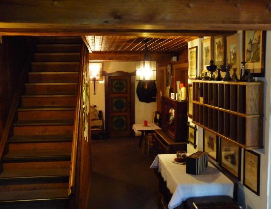 Gannerhof: Eingangsbereich vom Balkon