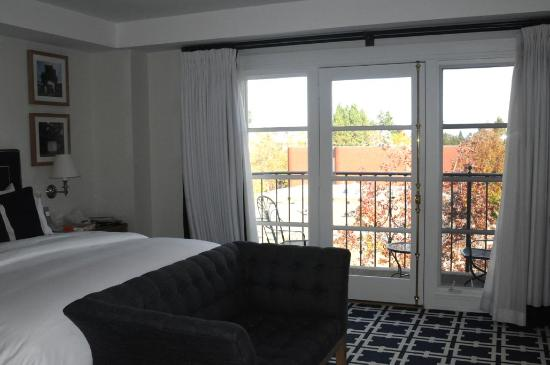 Garden Court Hotel : French doors open onto a balcony overlooking the street