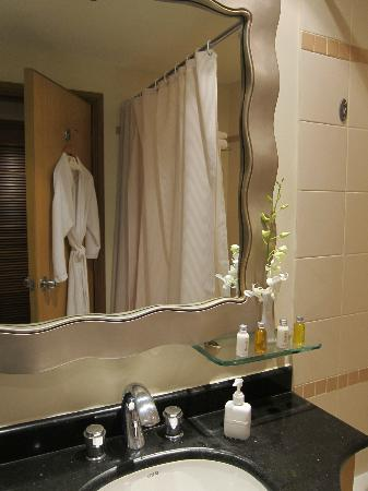 Caravelle Saigon : bathroom with robe hung out every night