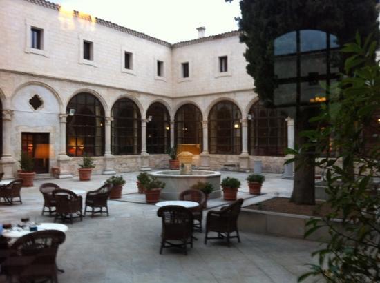 Restaurante Convento de San Pablo: patio