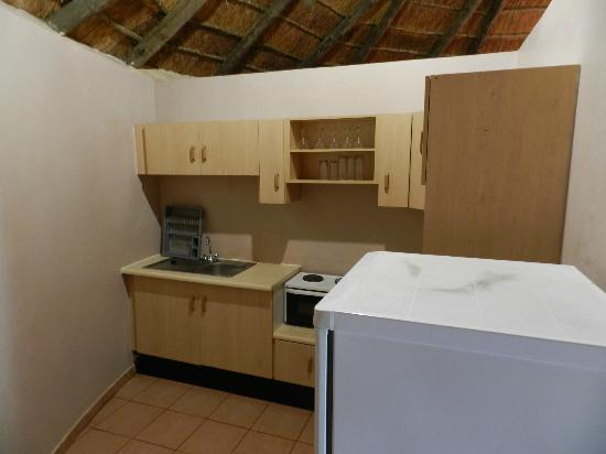 Gooderson DumaZulu Lodge and Traditional Zulu Village : Cuisine dans le lodge