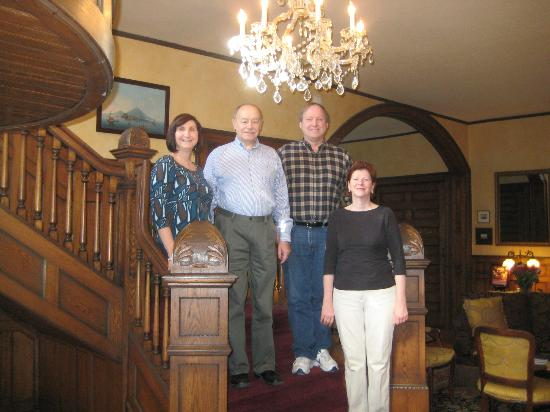 Albemarle Inn: On the staircase with our hosts