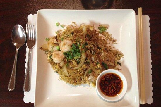 Basil Cafe: Thai Lo Mein