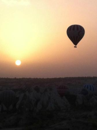 Goreme, Turkey: Nascer do sol. Momento mágico!!