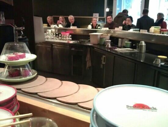 Sushi Circle: Wie leergefegt!!!!! Und das Lokal war voll!