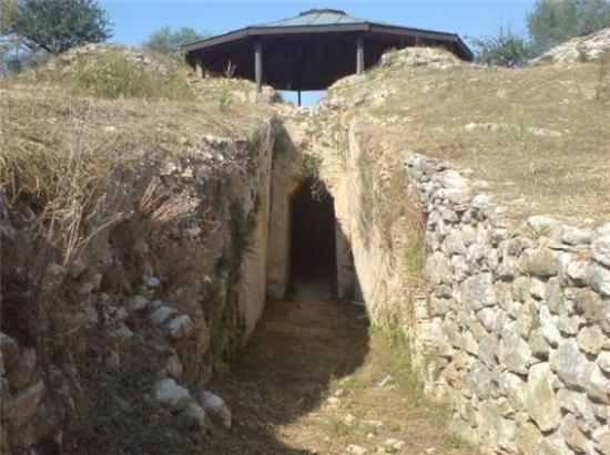 Kastori, Yunani: Αρχαία Πελλάνα - Ανακτόρο του βασιλιά Μενελάου και της Ωραίας Ελένης!