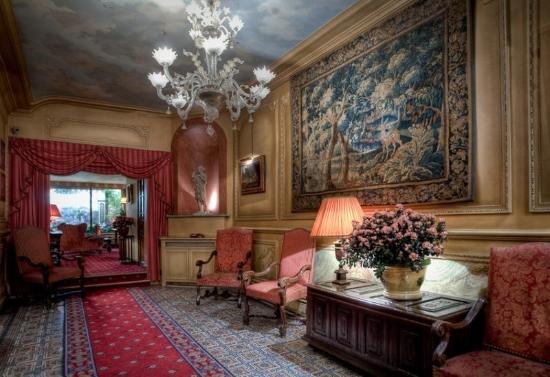 Hotel Saint Germain des Pres : Lobby