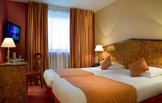 Kyriad Tours - Saint Pierre Des Corps - Gare: Guest Room
