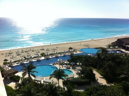 Live Aqua Beach Resort Cancun: view from room