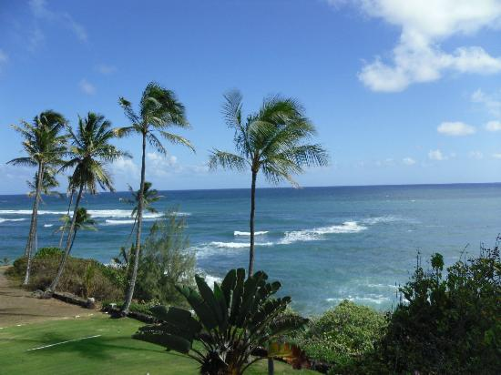 Wailua Bay View Condominiums: View from 3rd floor staircase.