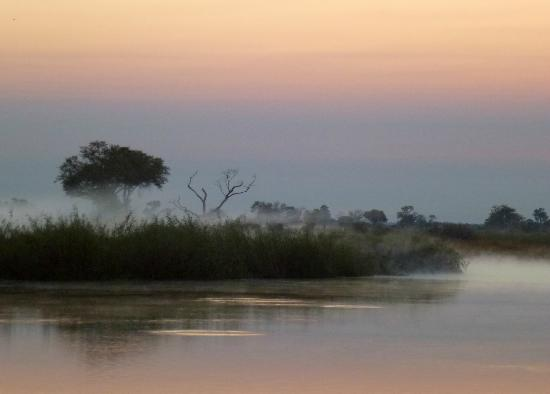 Lagoon Camp - Kwando Safaris: early morning misty view