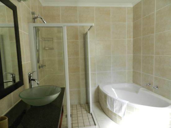 Cloud 9 Boutique Hotel & Spa: Salle de bains