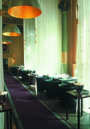 Normandy Hotel : Dining