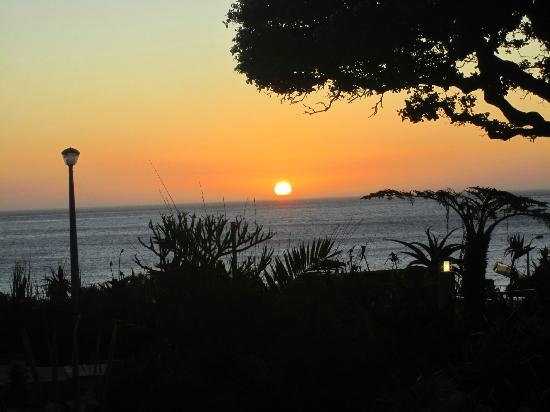 Ocean View House: Sunset from room 8