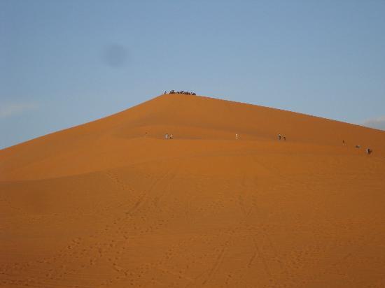 Hotel Kasbah Kanz Erremal: desde la terraza, las dunas