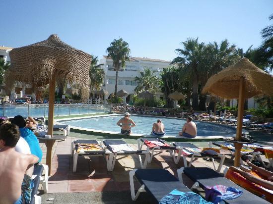 Ushuaia Ibiza Beach Hotel: Der Pool.