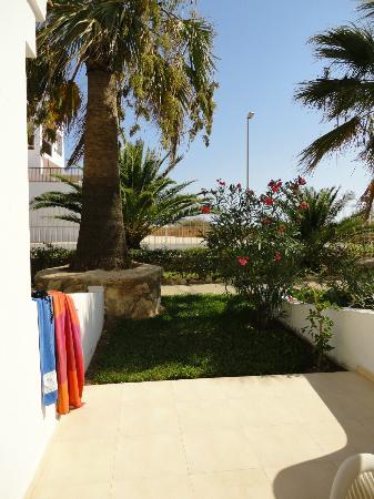 Ushuaia Ibiza Beach Hotel: Unsere Terrasse.