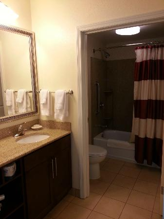Residence Inn Chicago Midway Airport: Bathroom