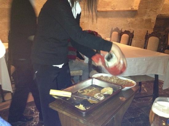 Han Ciragan Restaurant: testi kebabi 2