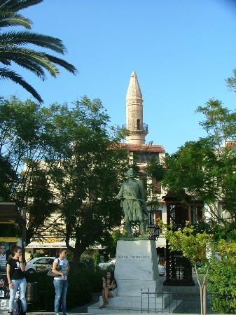 Rethymnon Old Town: Il minareto vicino alla porta cittadina