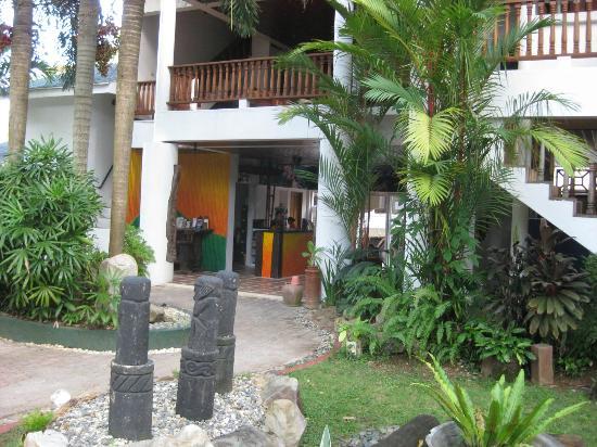 Pinjalo Resort Villas : front desk